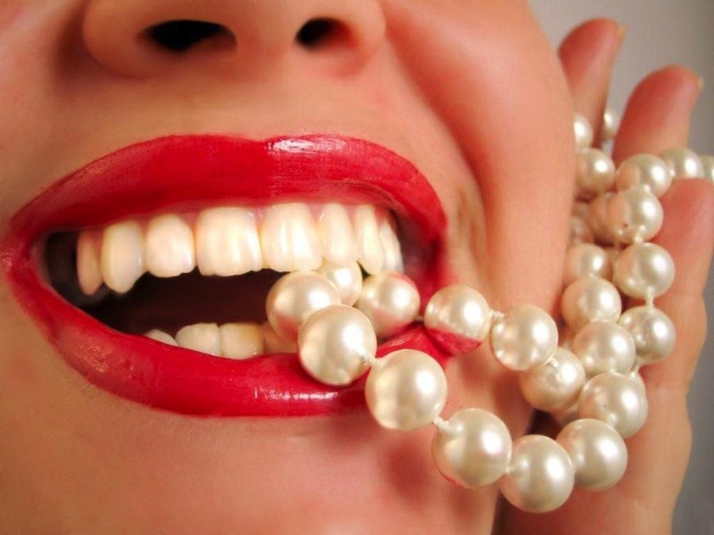 white smile 2