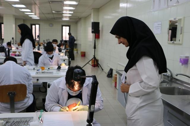 dental student- phantom- dental school3