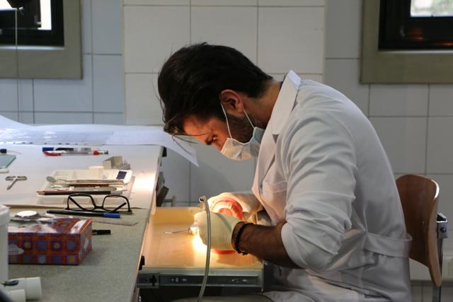 dental student- phantom- dental school7